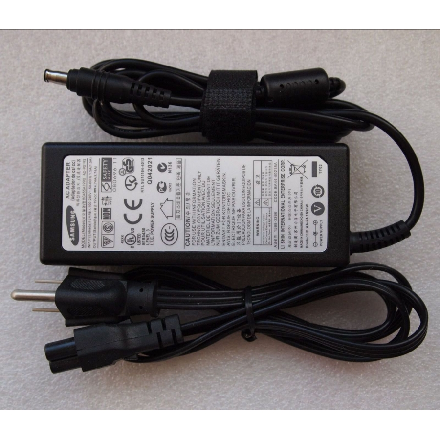 Original 90W 19V 4.74A AC Adapter For Samsung M55-Pro T7200 T001